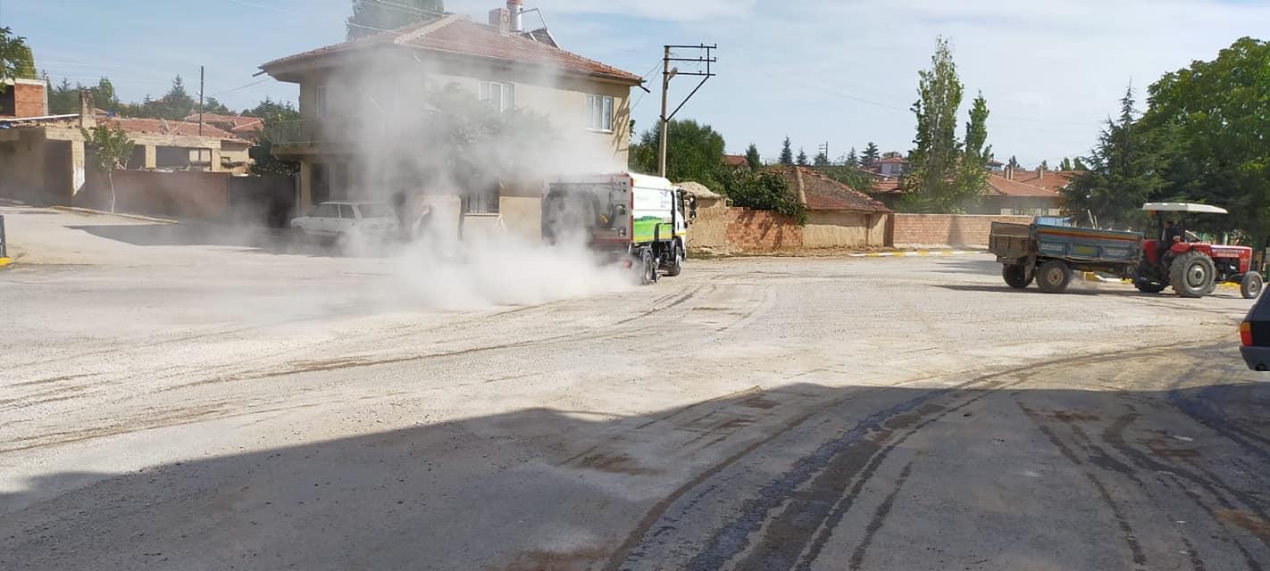 Kasabamız Cadde ve Sokaklarında Bordür Boyama ve Genel Temizlik İşleri